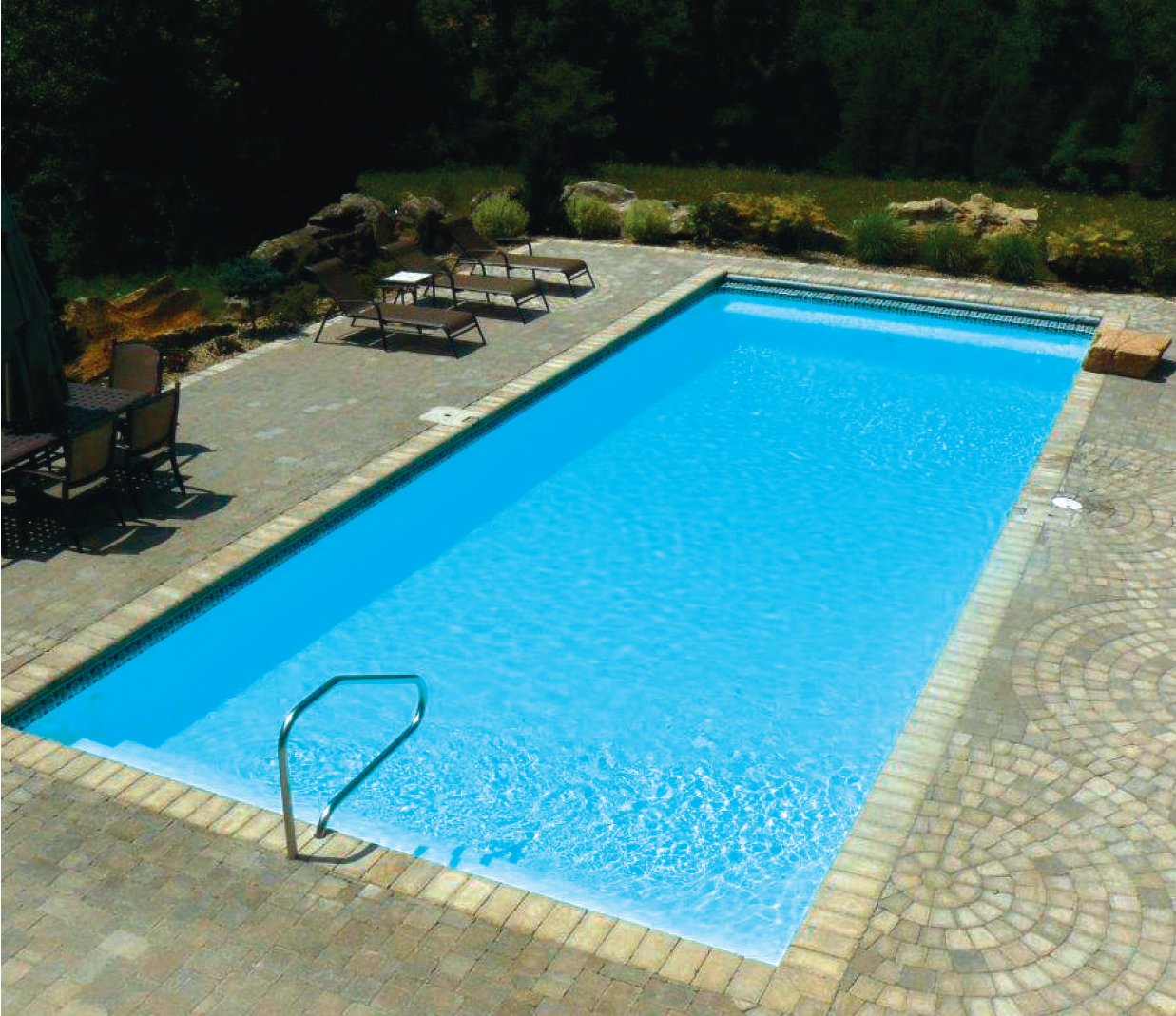 Parker Pools - Beautiful Backyard Pool
